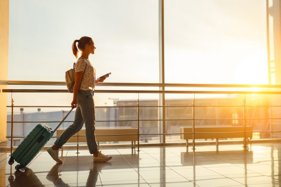 5 Tips to Staying Vibrantly Healthy While You're Traveling